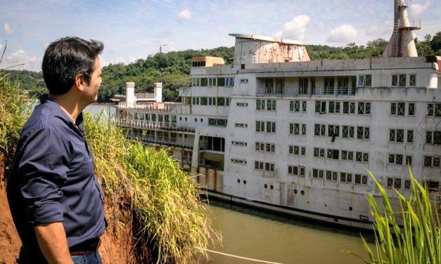 Solicitan informe sobre el barco casino de Iguazú