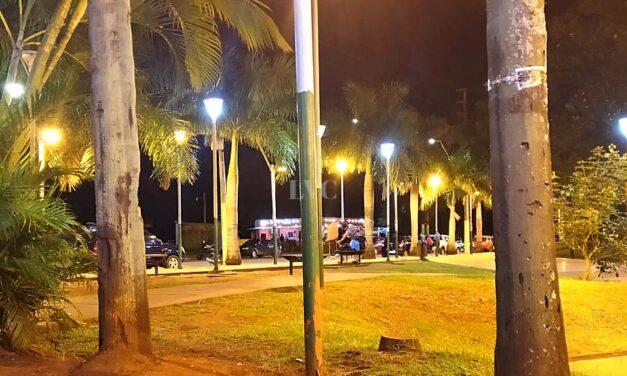 Se electrocutó un perro en un poste de luz, en plena plaza San Martín