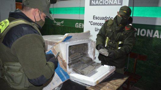 Detienen a cinco personas vinculadas a narco-encomiendas con destino Zona Sur de provincia Buenos Aires (3)